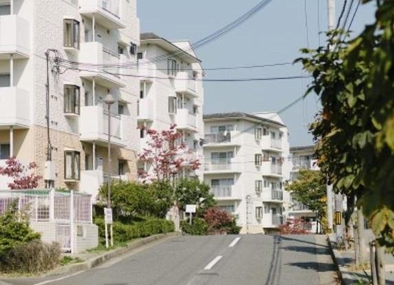 高槻・阿武山四番街(たかつき・あぶやまよんばんがい)