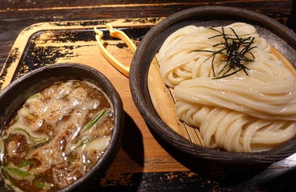 牛ホルモンつけ麺