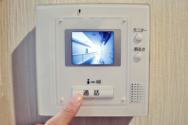 テレビモニター付きのインターホン